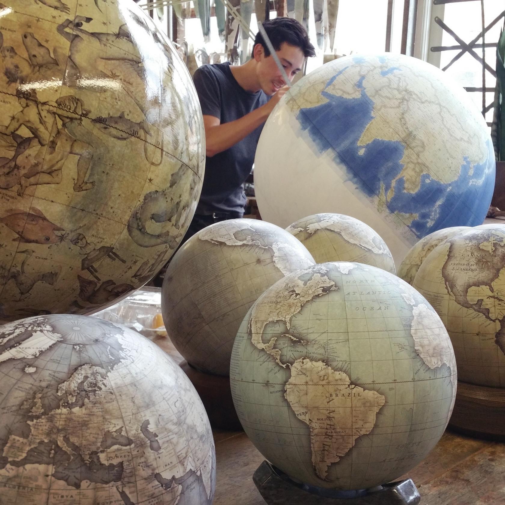 Fabrication Globe Terrestre Artisanale 08 La Boite Verte