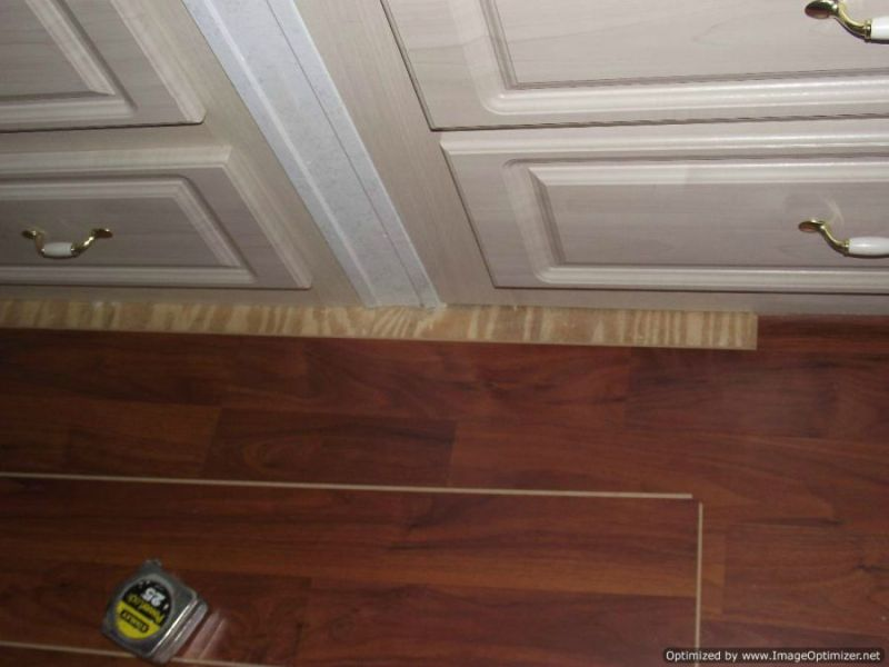 Allen Roth Laminate Review Allen and Roth laminate flooring from Lowes  Installing last row