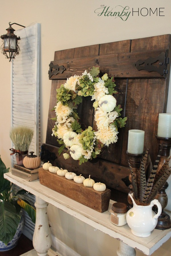 Large Christmas Wreath Decorating Ideas