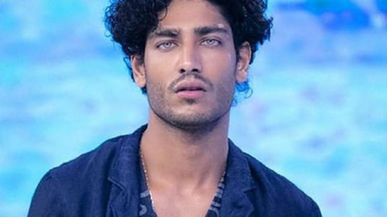 """Akash Kumar nuovo inviato dell'Isola? Lui: """"Mi hanno chiesto di farlo"""""""