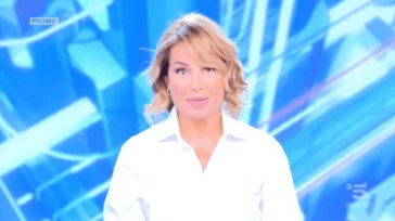 """Barbara d'Urso: """"Cambiamento drastico"""", famoso collega rompe il silenzio"""
