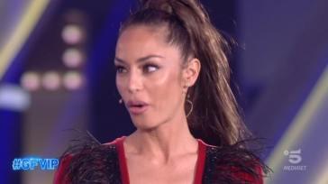 """Raffaella Fico su Soleil Sorge dopo l'eliminazione: """"Finta in tutto ciò che fa"""""""