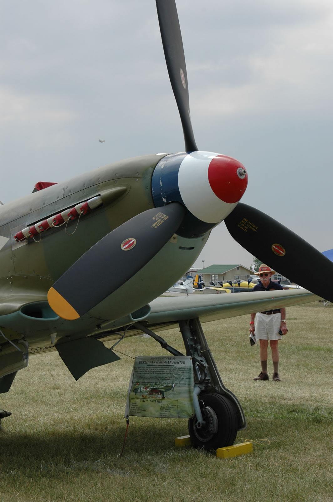 Yak 9u Large Scale Planes
