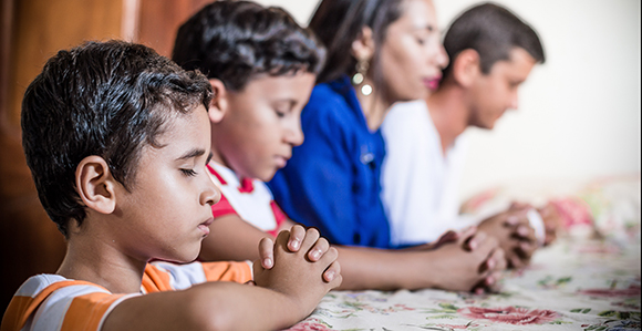 BYU Research Shows Why Your Family Should Pray Together ...