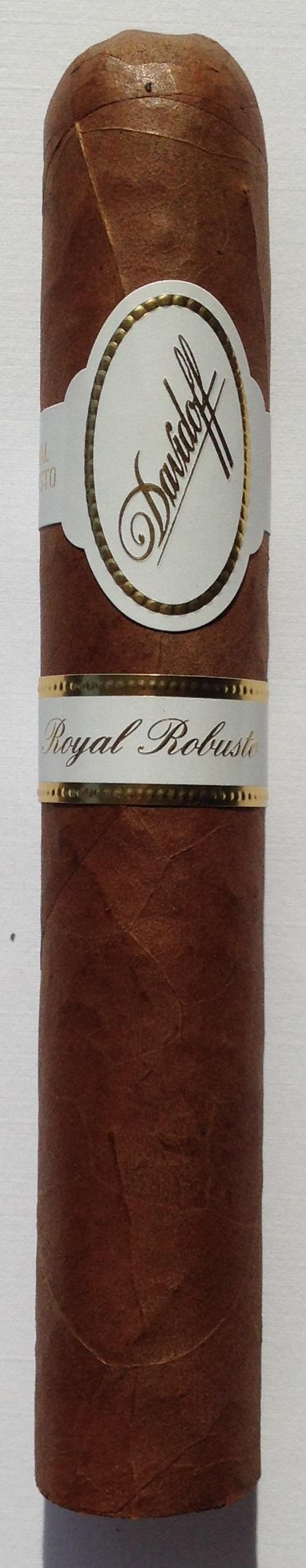 Cigar Review: Davidoff Royal Robusto - Leaf Enthusiast ...