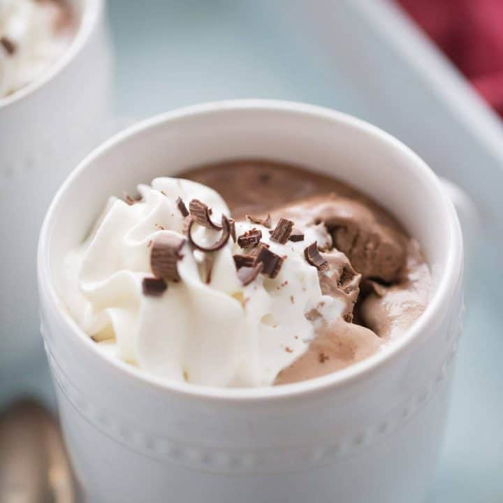 A warm and delicious mudslide recipe that wil change the way you do hot chocolate! lemonsforlulu.com