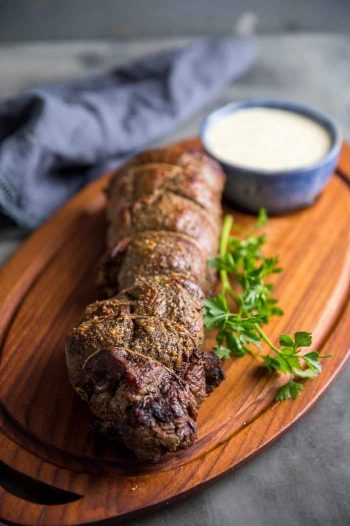 How to cook beef tenderloin with gorgonzola sauce