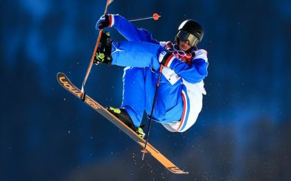 Acrobatic snowboarding: terror and acrobatics, how Antoine Adelisse manages to beat his fears