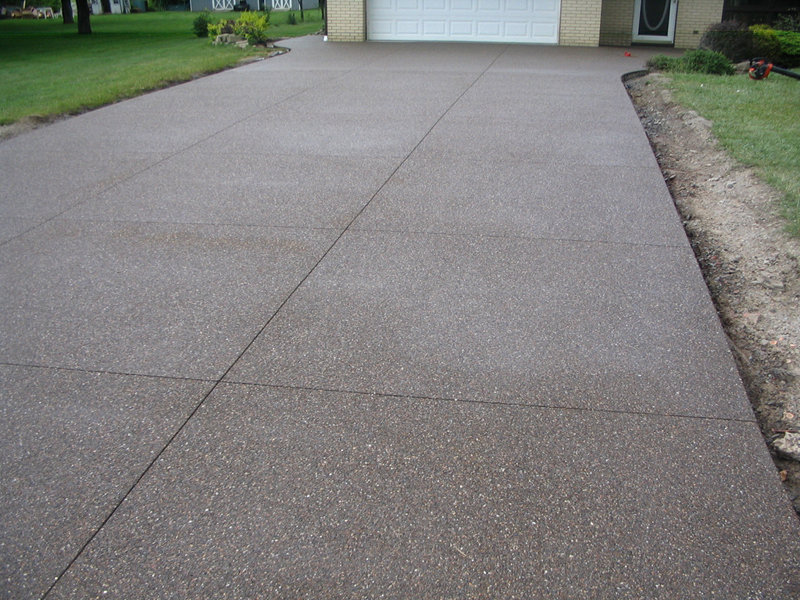 Colored Exposed Aggregate Patio