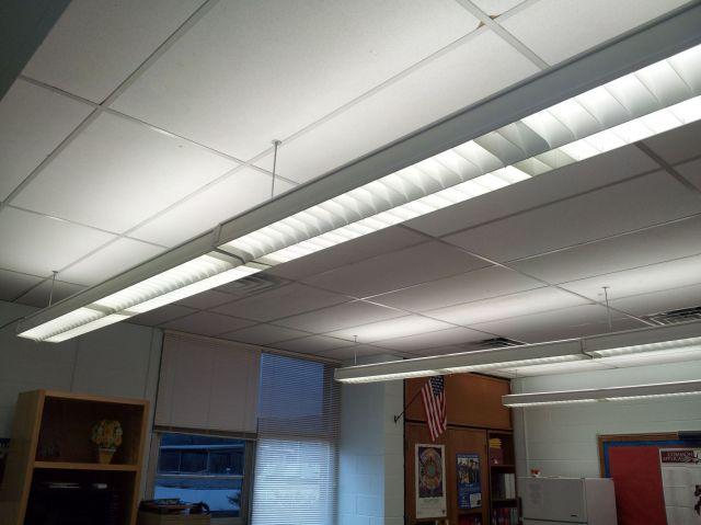 T8 Fluorescent Light Bulbs