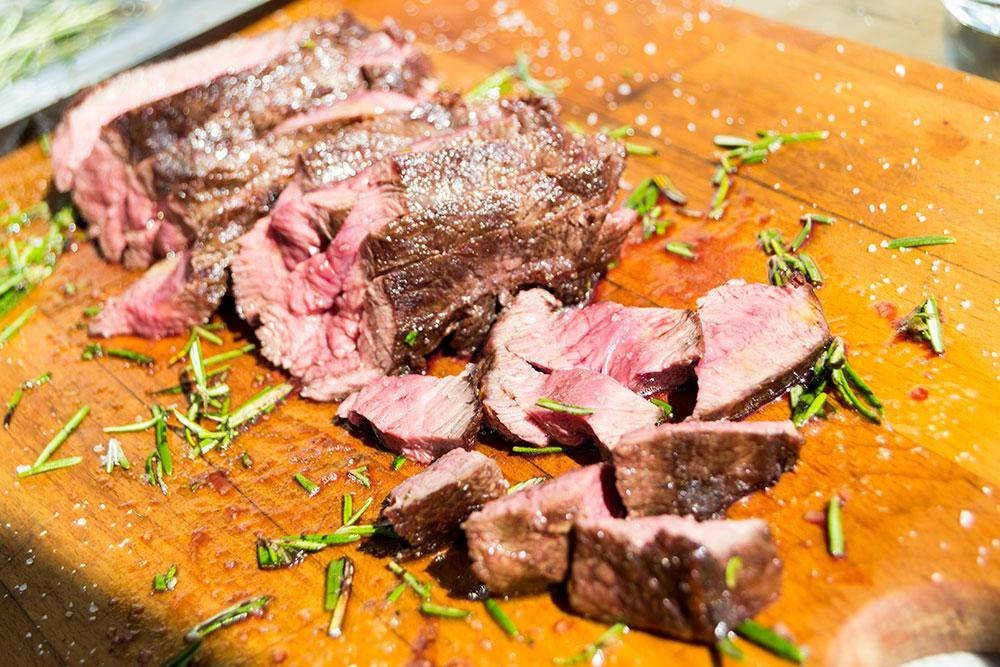 Flat_Iron_steak_impiattata