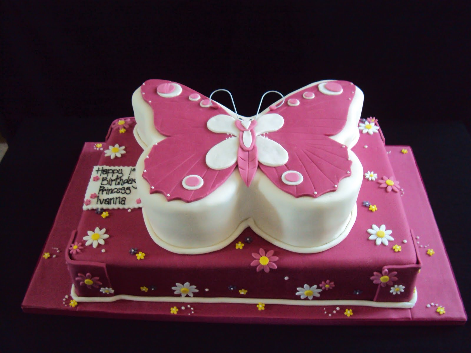 Butterfly Cakes     Decoration Ideas   Little Birthday Cakes Butterfly Wedding Cake Ideas