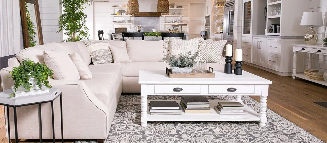 What Is Shabby Chic Style? Tips on Rustic Decorating ...