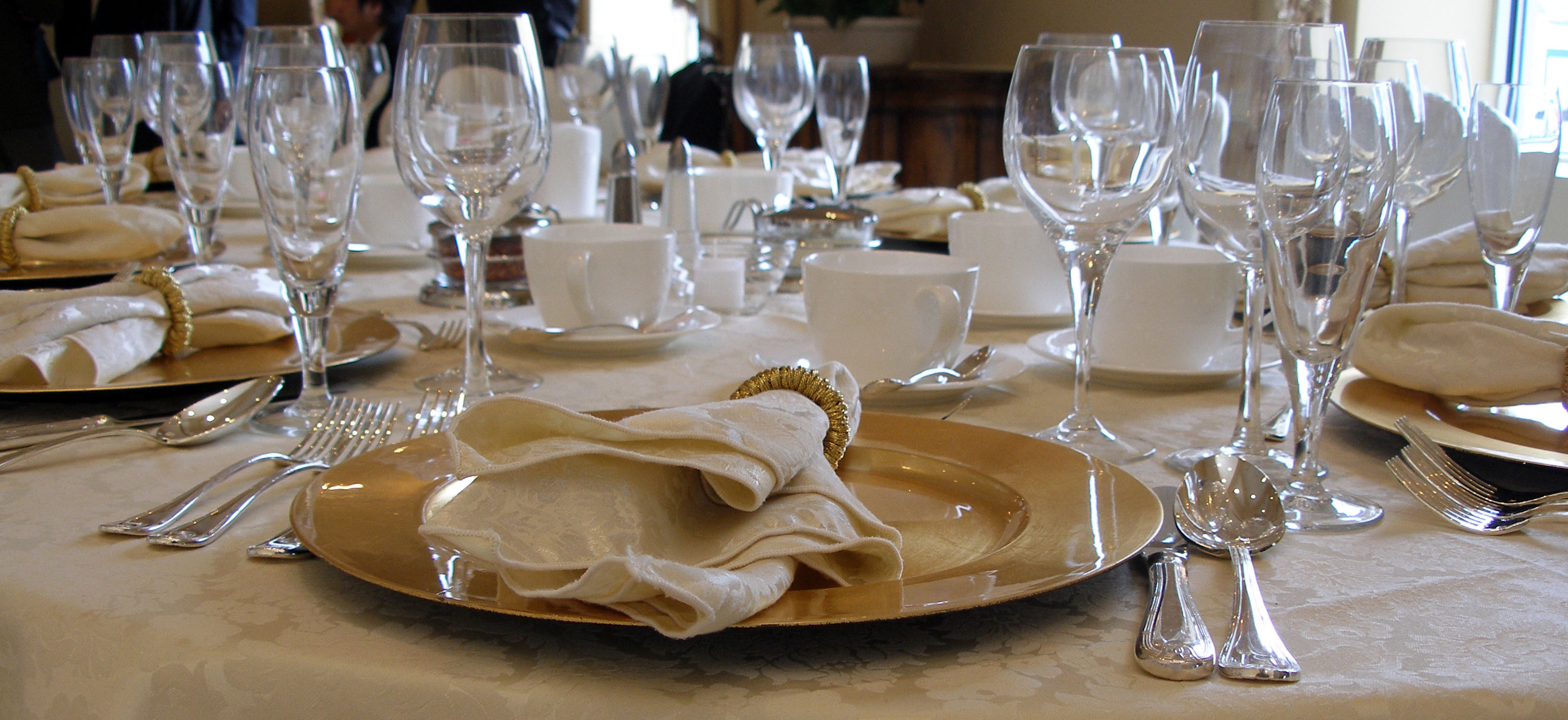 Table Setting Fine Dining