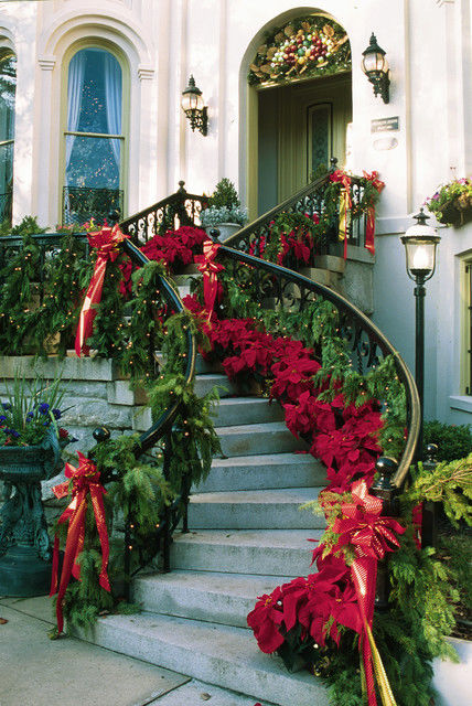 Beautiful Christmas Staircase Decorations Pictures Photos