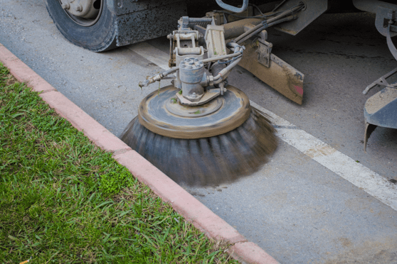 street-sweeper-cleaning