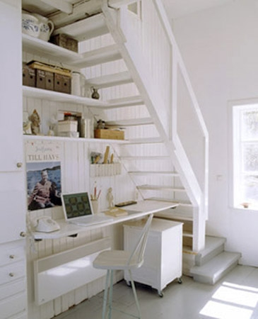16 Interior Design Ideas And Creative Ways To Maximize Small | Creative Stairs For Small Spaces | Build In Storage | Compact | Interior | Round Shape | Wooden