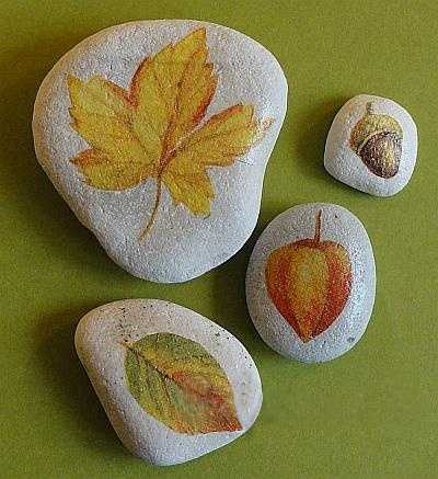 Enhancing Fall Decorating Ideas With Fall Leaves Painted