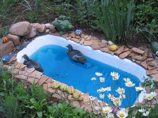 20 Yard Landscaping Ideas To Reuse And Recycle Old