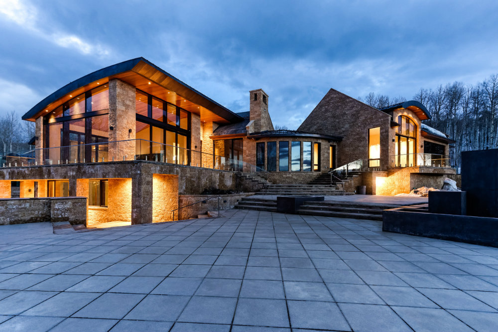 Worlds Most Extravagant Homes
