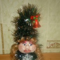 «Рождестволық шырша», шілтер мен шұлықтан жасалған қуыршақты өндіру бойынша кезең-кезеңімен мастер-класс