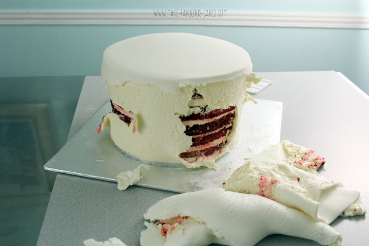 Red Vintage Wedding Cake cake air bubble fail