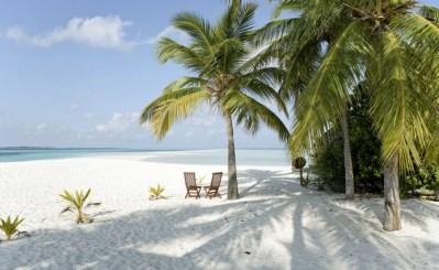 Kuredu Island Resort | 3 Kilometer langer weisser Strand