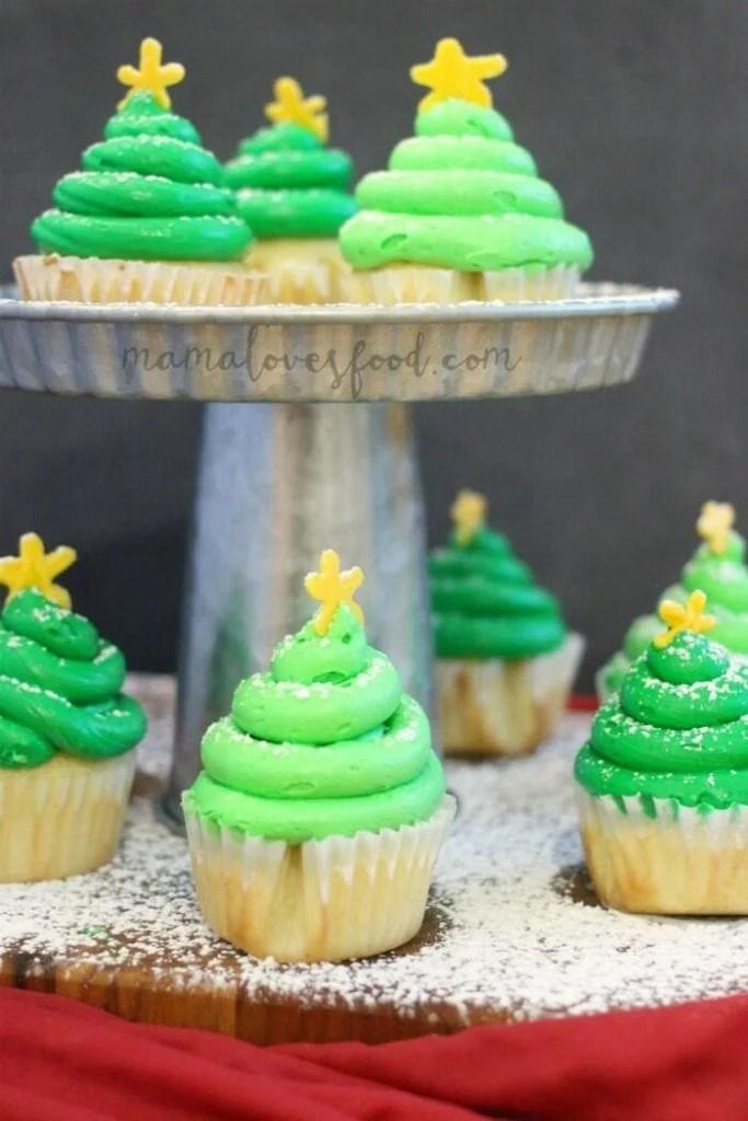 TRICK TO MAKE CHRISTMAS TREE CUPCAKE