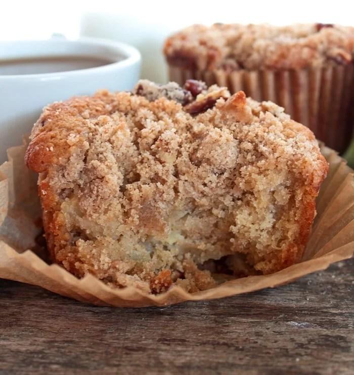 Apple Crumb Cakes