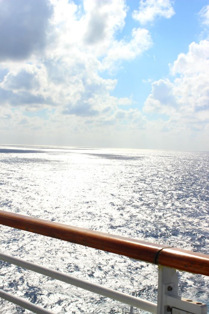 THINGS TO DO ON A CRUISE SHIP