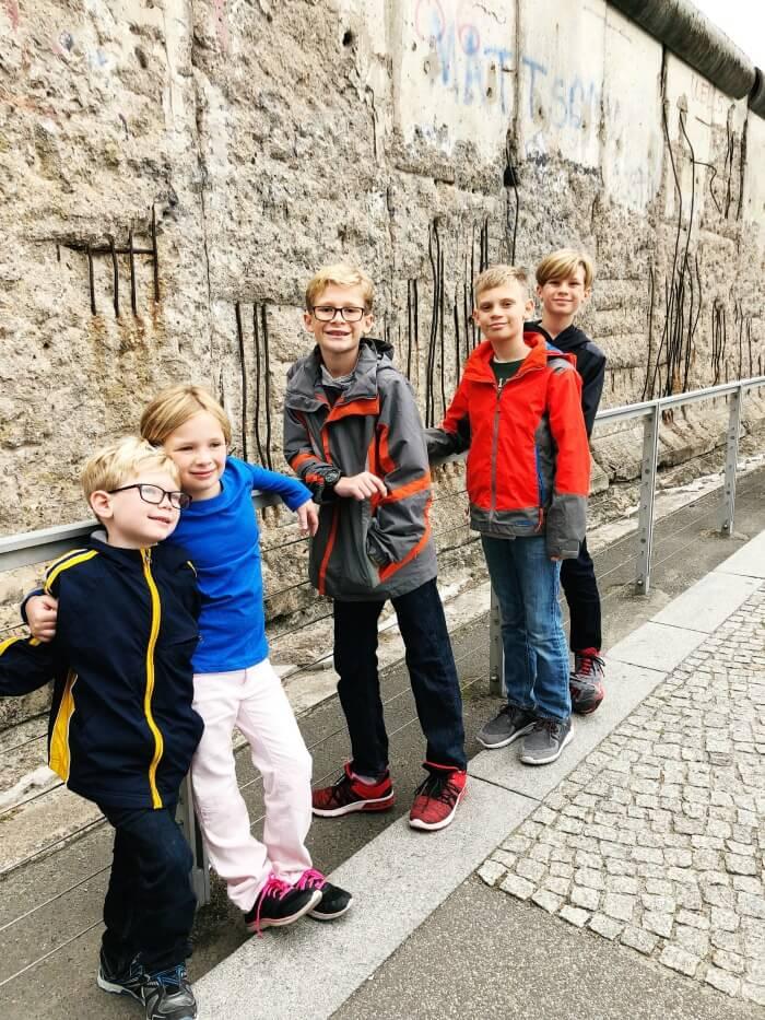 VISIT THE BERLIN WALL