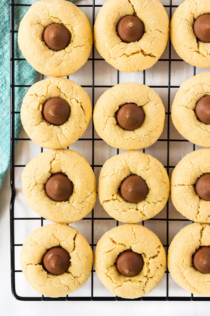PEANUT BUTTER COOKIES WITH HERSHEYS KISSES