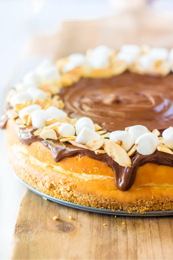 BEST ROCKY ROAD CHEESECAKE