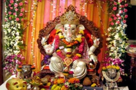 bay decoration ideas for ganesh chaturthi oh decor curtain