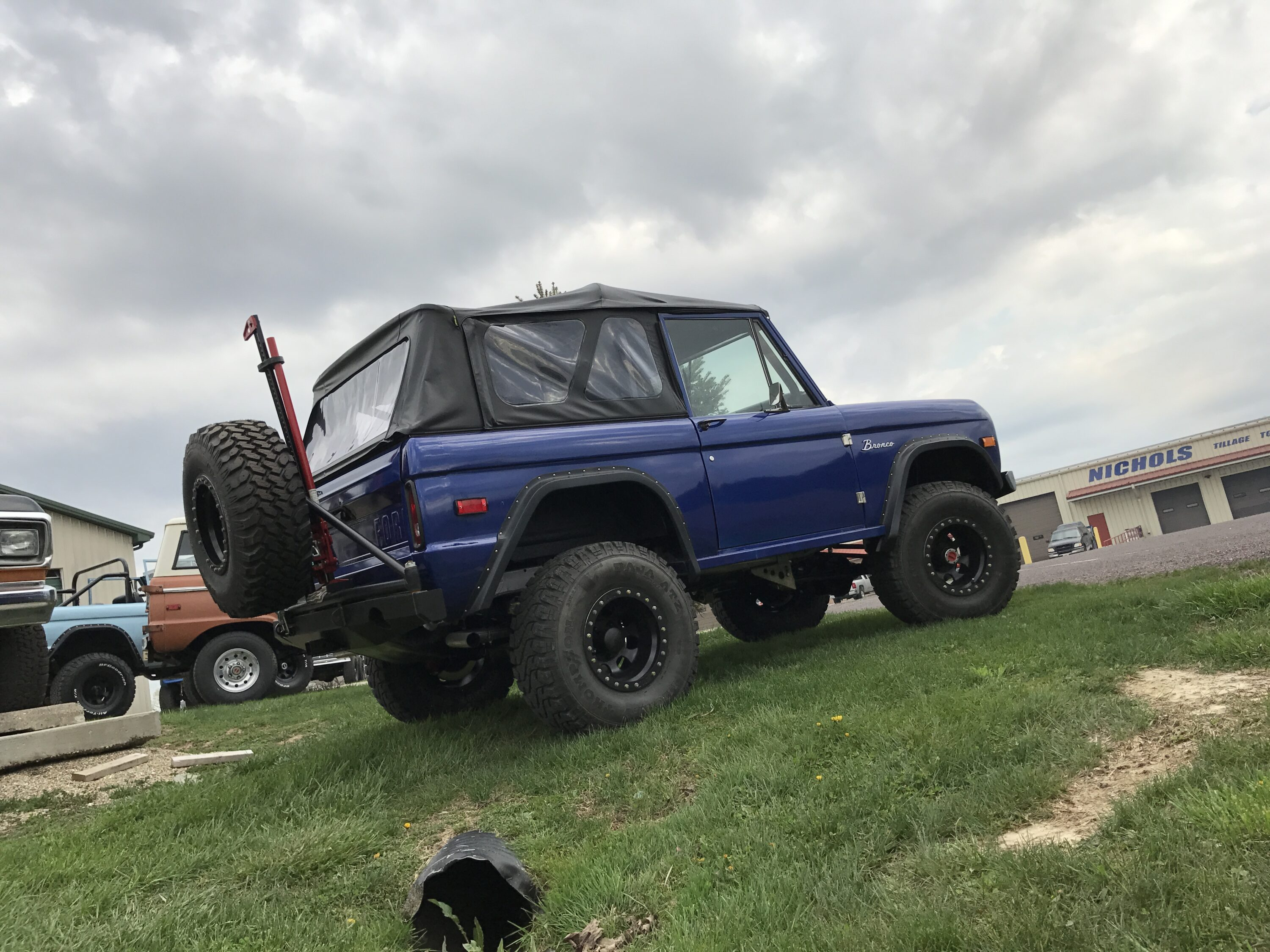 1972 Ford Bronco Blue with Mustang EFI