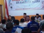 Suasana konfrensi pers di media center KPU Natuna