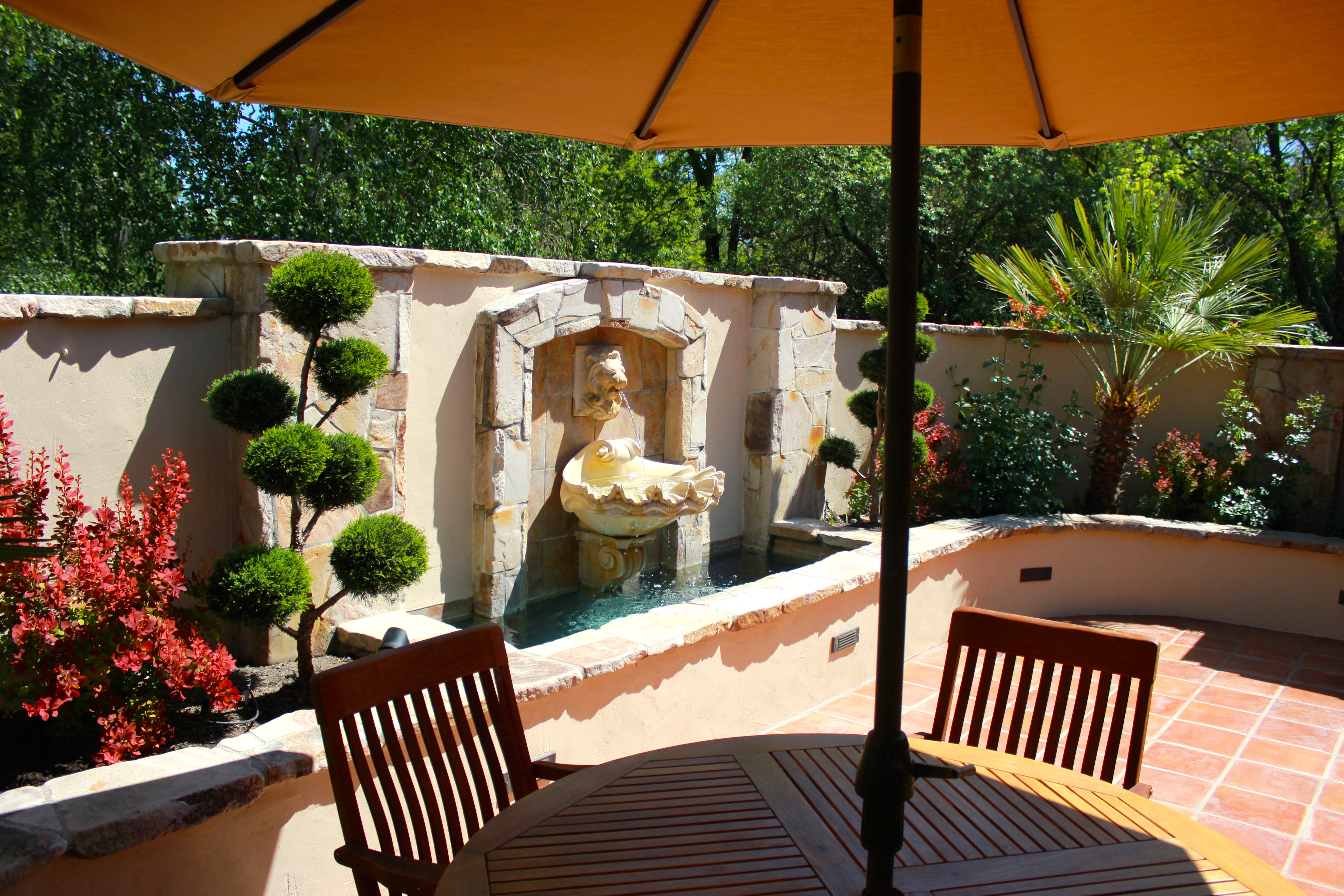 Intimate Front Courtyard Michael Glassman Amp Associates