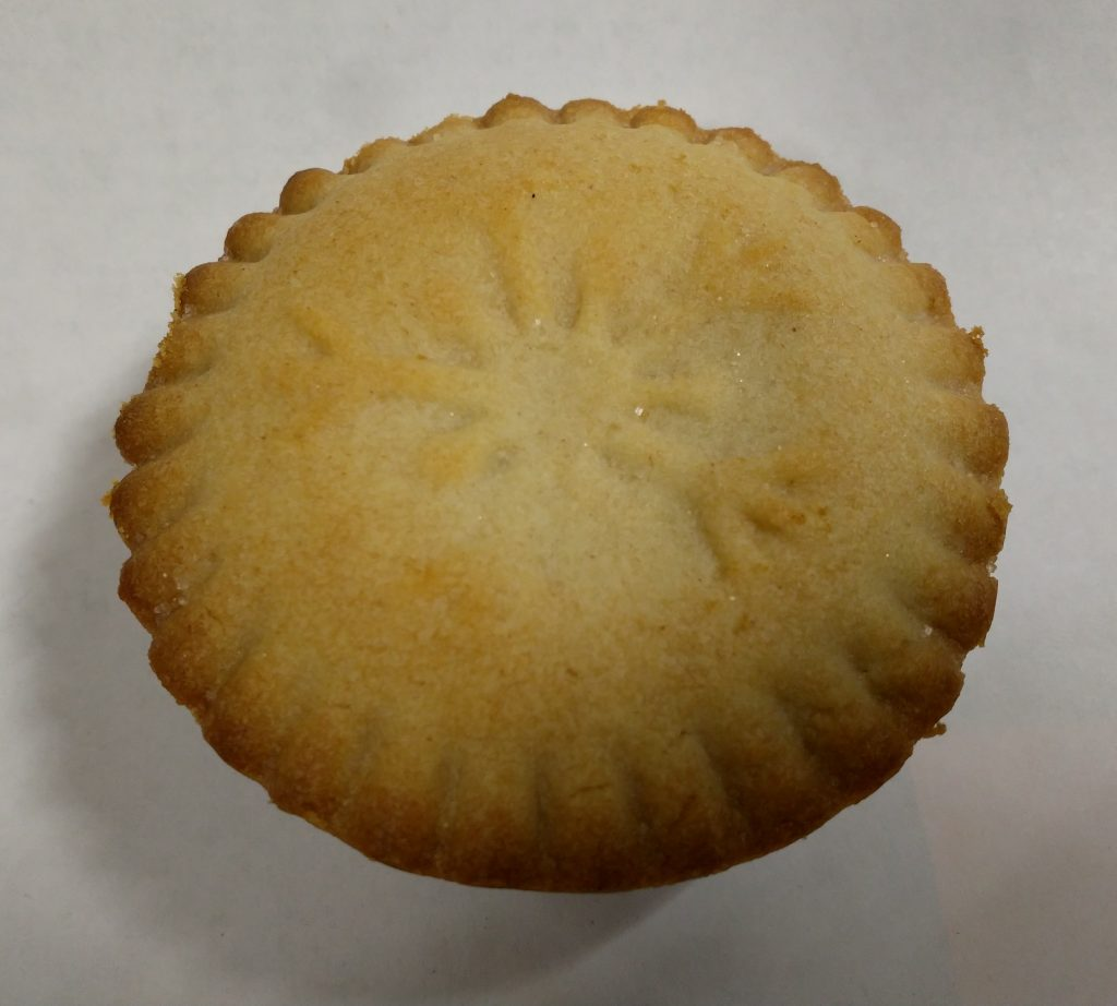 2019 Holly Lane Deep Filled Mince Pie 1