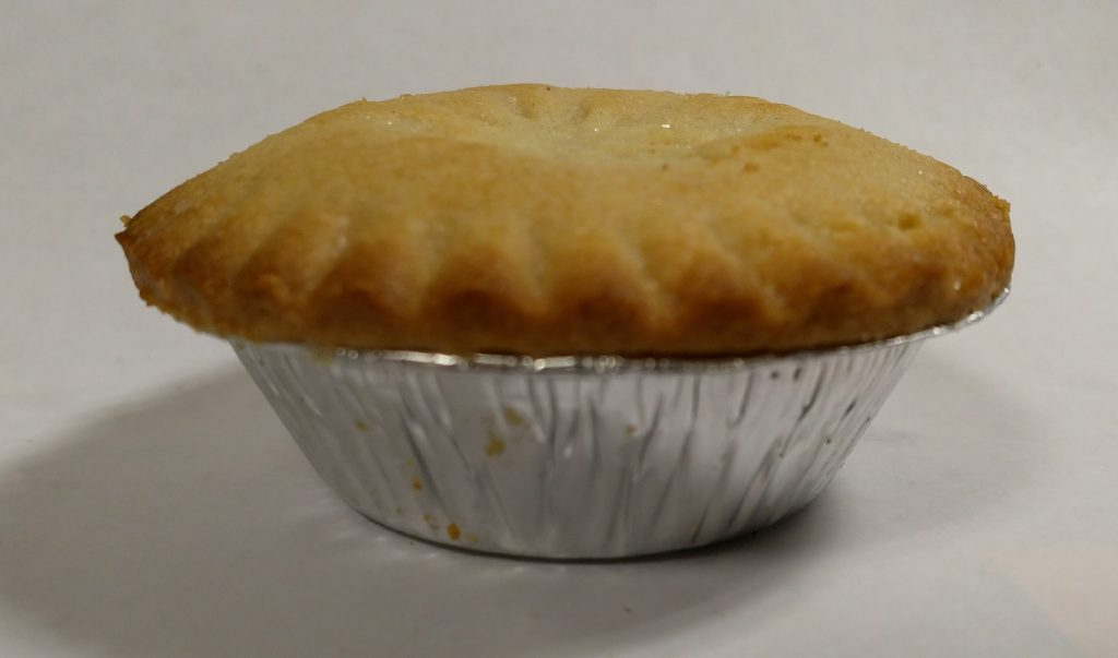 2019 Holly Lane Deep Filled Mince Pie 3
