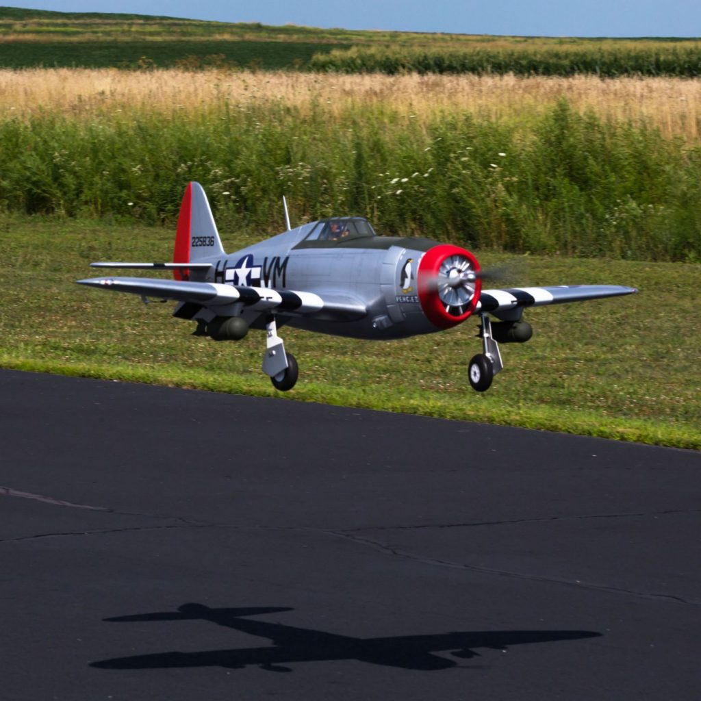 Hangar 9 20cc P 47 Thunderbolt Buildalong   Model Airplane News The new Hangar 9 ARF is a great looking model that takes a step forward in  scale accuracy  It has an attractive and excellent finish and of course  being a
