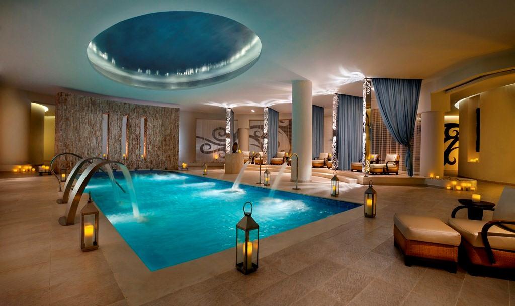 Tampa Honeymoon Resorts