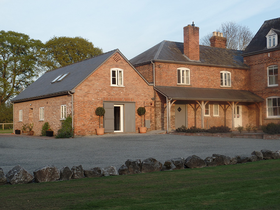 Photo Gallery - Monnington House and Cottage