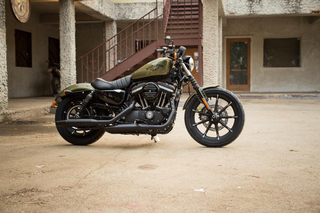 Harley Davidson Sportster Xl 883 Iron Modelljahr 2016