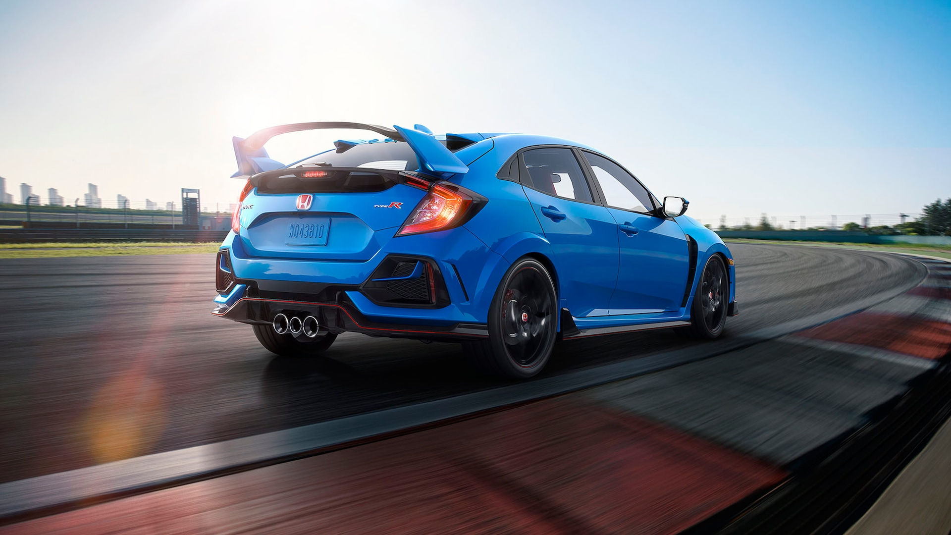 2020 Honda Civic Type R Sport Line S Small Wing Won T Fit U S Cars Motortrend