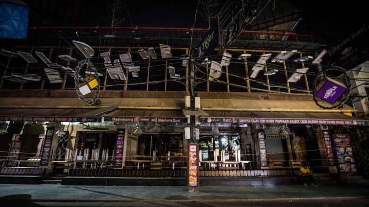 新冠肺炎-暹粒-夜晚酒吧街