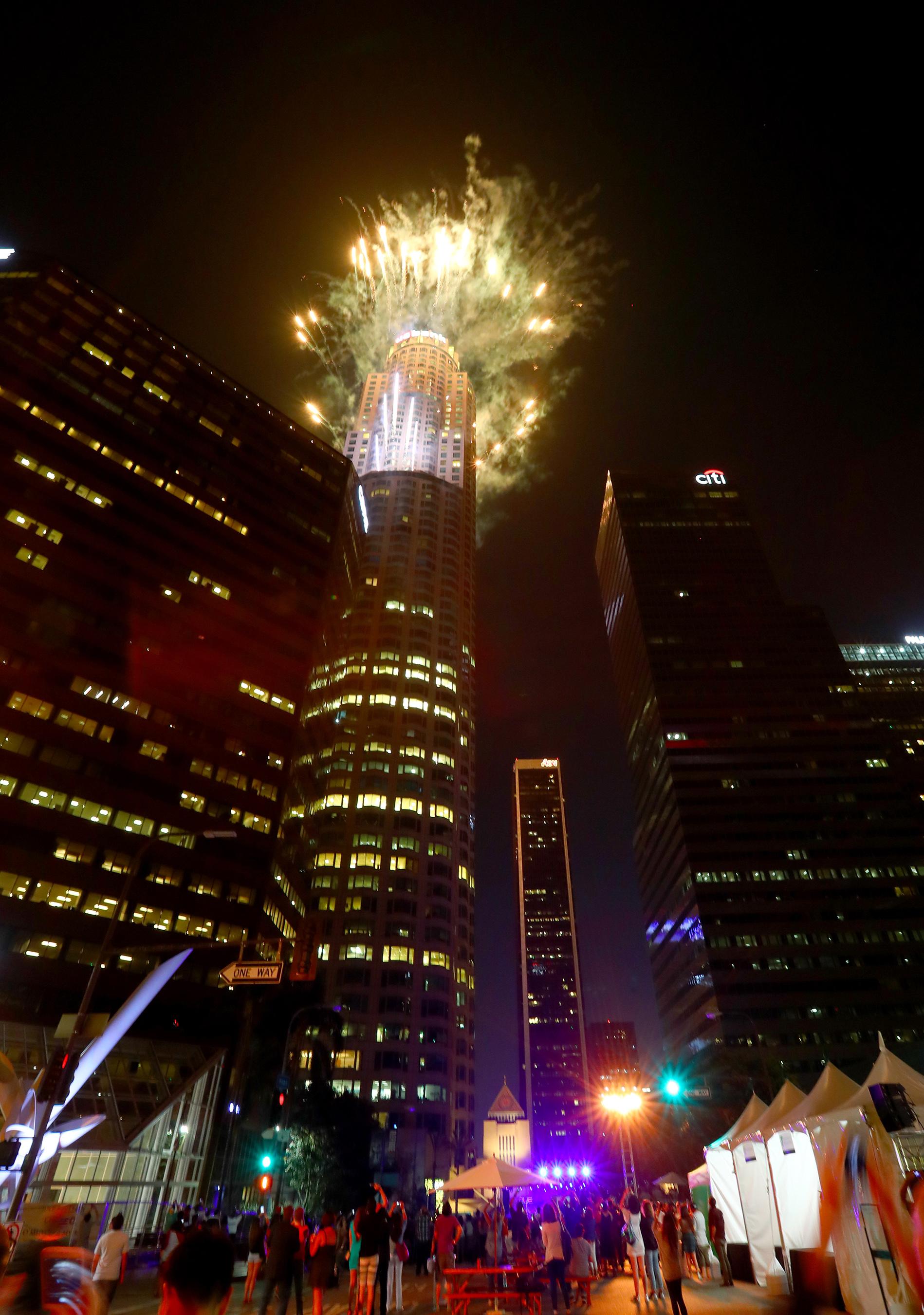 Oue Skyspace La Celebrates Grand Opening Weekend