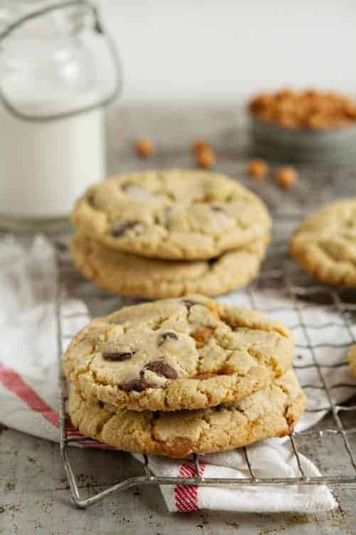 Salted Caramel Chocolate Chip Cookies My Baking Addiction