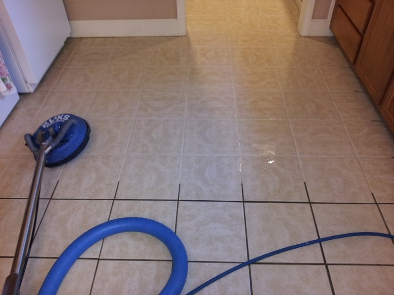 Advantages of Professional Tile   Grout Cleaning The Advantages of Professional Tile and Grout Cleaning
