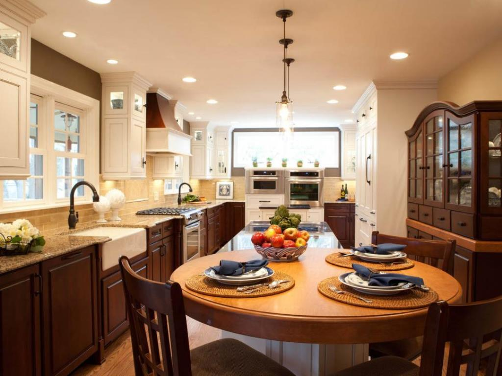 Eat Kitchen Island Designs