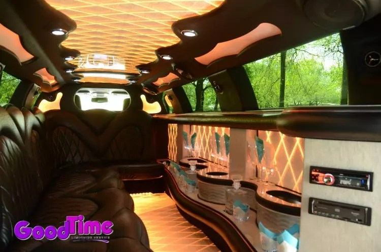 10 passenger chrylser 300 stretchlimo int 1 1 LIMO RENTAL FLEET